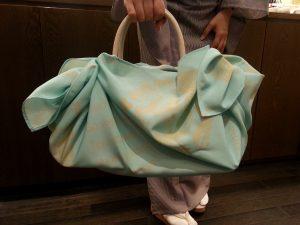 バッグを包む